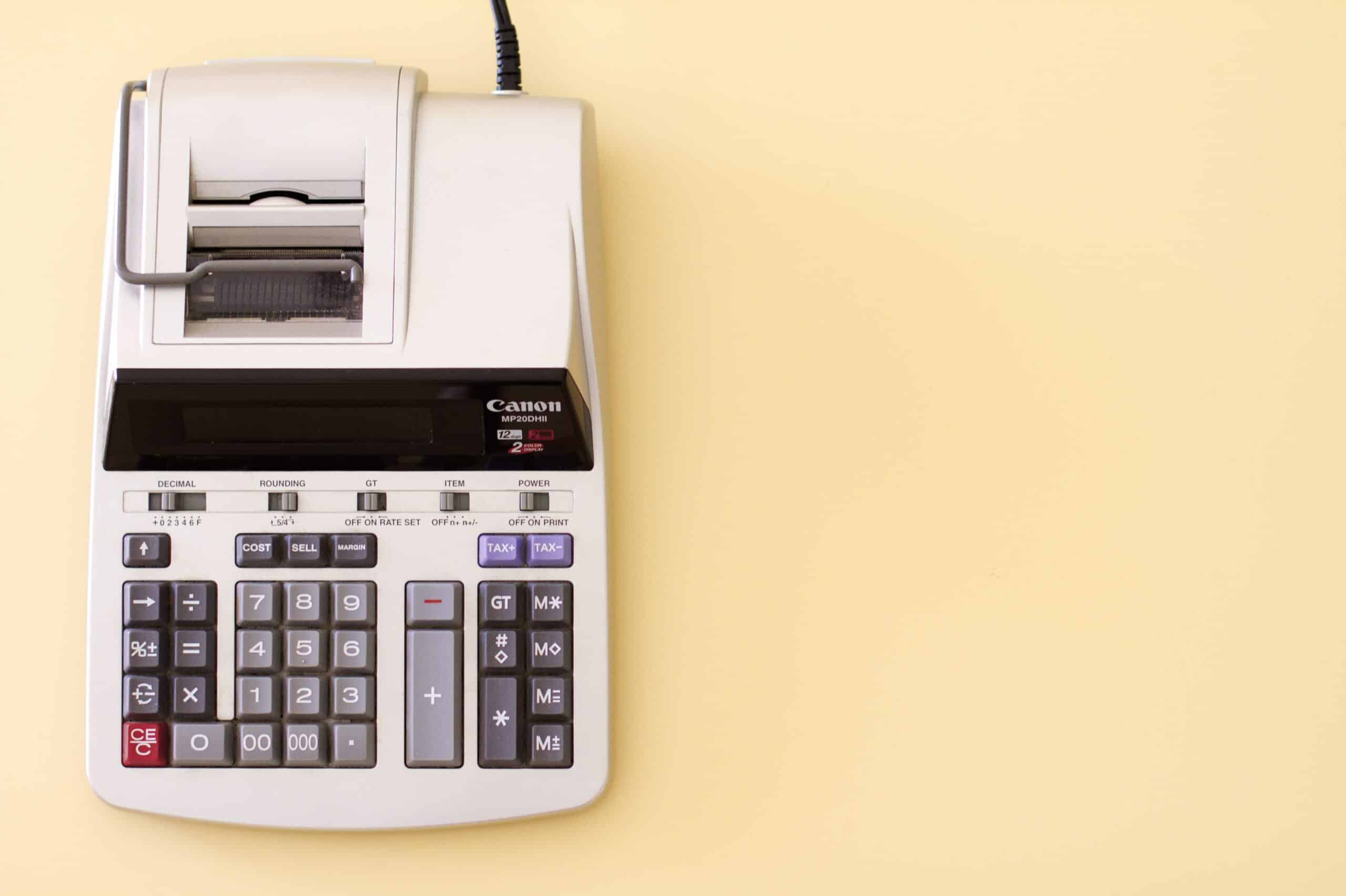 Spaartaks van tafel - FinanceMonkey